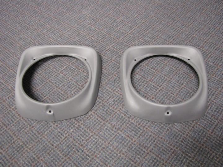 Sandblasted head light rings